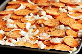 baked yam chips and onion